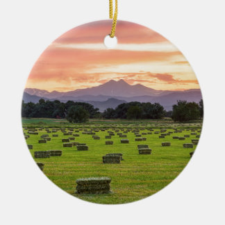 Colorado_Farmers_Burning_Sunset Round Ceramic Decoration