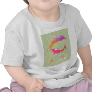 Colored Fishes on zigzag chevron - Green Tshirt