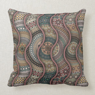 Colorful abstract ethnic floral mandala pattern de cushion