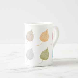 Colorful leaves pattern tea cup