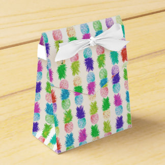 Colorful pop art painting pineapple pattern favour box