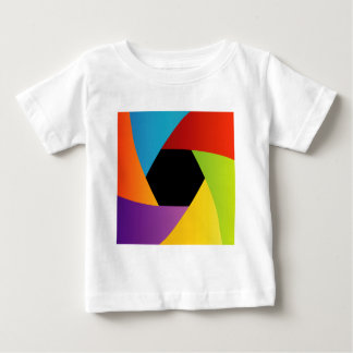 Colorful Shutter aperture background T Shirt