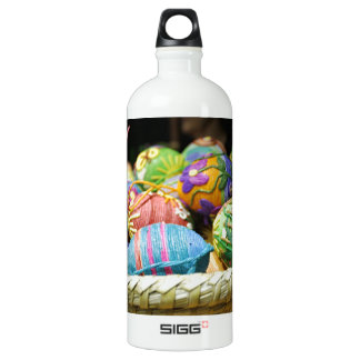Colorful Yarn Decorated Easter Eggs SIGG Traveller 1.0L Water Bottle