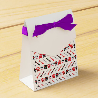 Comic Skull with bones colorful pattern Wedding Favour Box