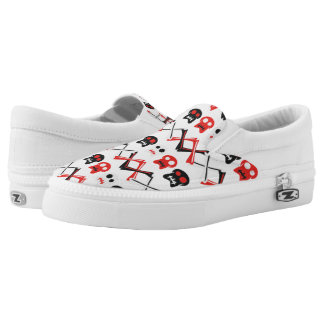 Comic Skull with crossed bones colorful pattern Slip On Shoes