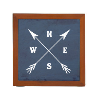 Compass arrows desk organiser