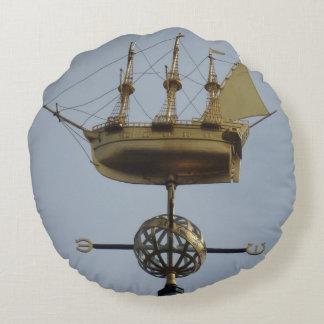 Compass Rose Calyon Round Pillow
