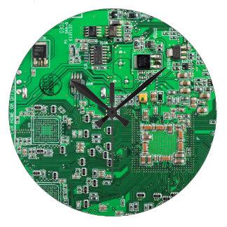 Computer Geek Circuit Board - green Clock