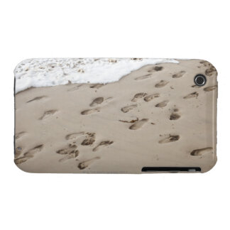 Confused Footsteps in the sand iPhone 3 Cases