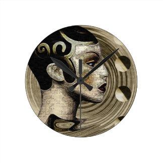 Contemporary: Art Deco/Art Round Clock