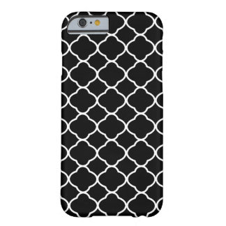 Cool Black and White Quatrefoil Tile Pattern Barely There iPhone 6 Case