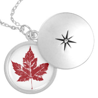 Cool Canada Necklace Canada Souvenir Maple Leaf