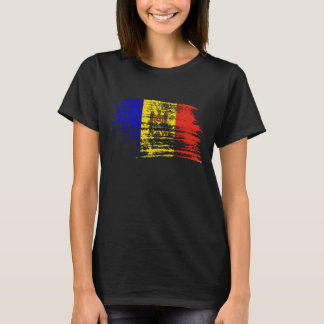 Cool Moldovan flag design T-Shirt
