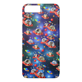 Cosmic Kittens in Alien Spaceship UFO Sci-fi Scene iPhone 8 Plus/7 Plus Case