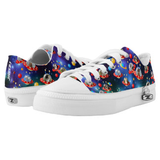 Cosmic Kittens in Alien Spaceship UFO Sci-fi Scene Low Tops