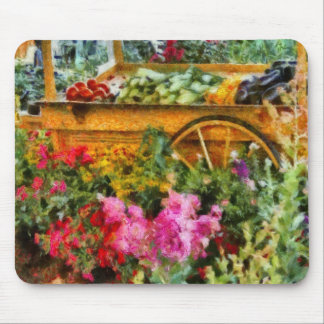 Country - At the farmers market Mousepads