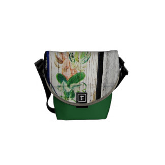 Country fence panel courier bag