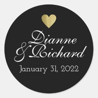 couple names love black round sticker