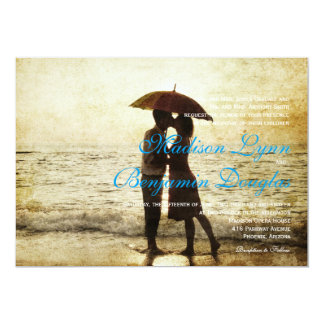 couple on the beach/Wedding Invitation
