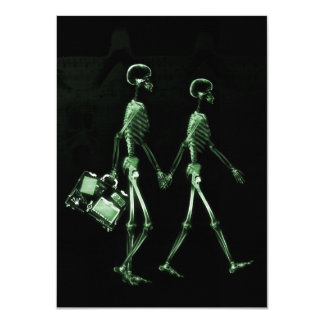 Couple Travelling X-Ray Vision Skeletons - Green 11 Cm X 16 Cm Invitation Card