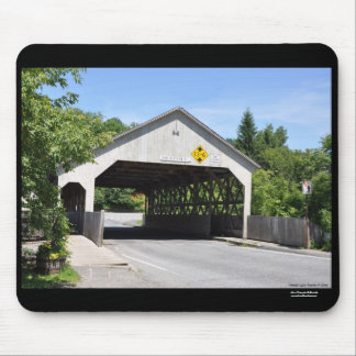 Covered bridge Quechee Gorge,Vermont - Mousepad