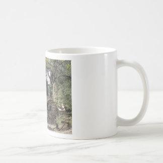 Covered Wagon Basic White Mug