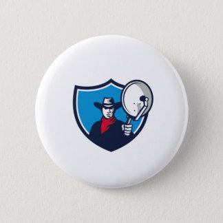 Cowboy Aiming Satellite Dish Crest Retro 6 Cm Round Badge