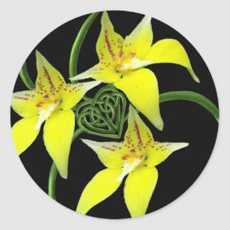 Cowslip Orchid Love Celtic Knotwork Heart Round Sticker