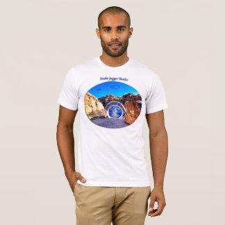 Coyote Canyon Portal for Men T-Shirt