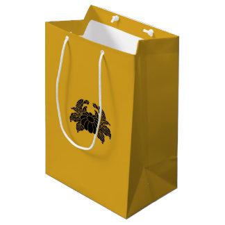 Crab chrysanthemum medium gift bag