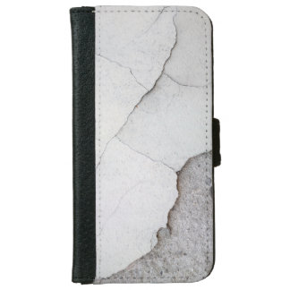 Cracked wall iPhone 6 wallet case