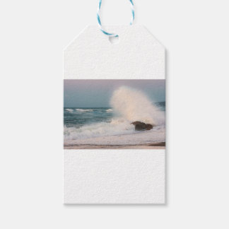 Crashing wave gift tags