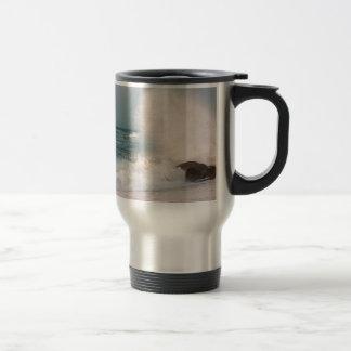Crashing wave travel mug