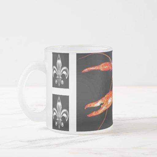 crawfish-fleur-de-lis glass mug