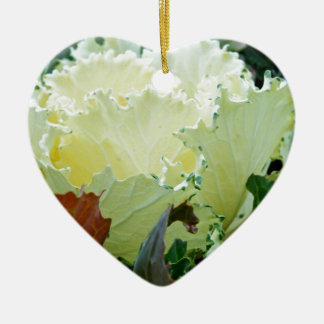 Creamy Fracas Ceramic Heart Decoration