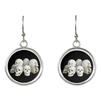 Creepy skulls pile earrings