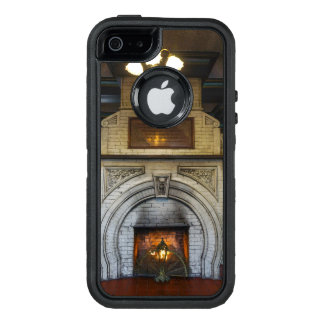 Crescent Hotel Fireplace OtterBox iPhone 5/5s/SE Case