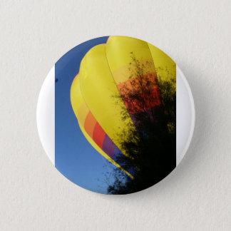 Crested Yellow 6 Cm Round Badge