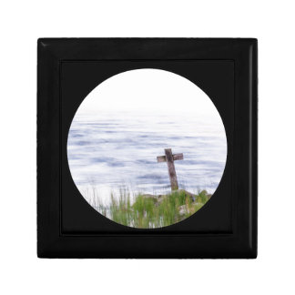 Cross by river small square gift box