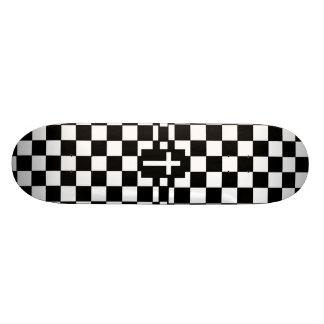 Cross skateboard