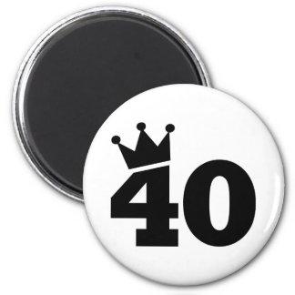 Crown 40th birthday 6 cm round magnet