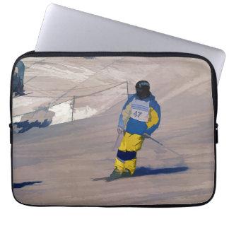 Cruisin' In   -   Skiing Event Laptop Sleeve