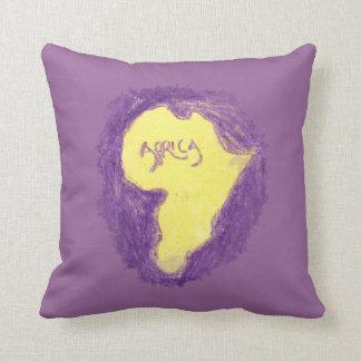 CTC International - Purple Throw Cushions