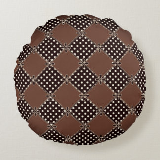 Cuddle-Cocoa_Patches-Diamond-Dots_Classic(c)Round Round Cushion