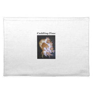 cuddling cats placemat