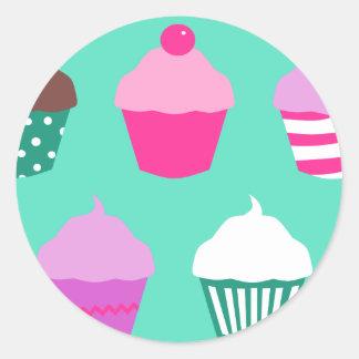 Cupcakes design classic round sticker