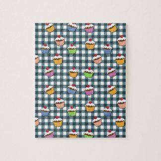Cupcakes plaid pattern puzzle