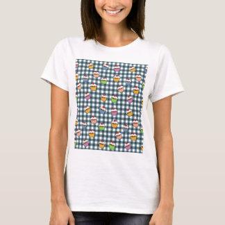 Cupcakes plaid pattern T-Shirt