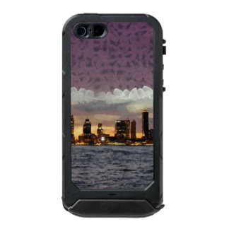 Curtain coming down incipio ATLAS ID™ iPhone 5 case