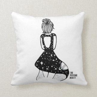 Cushion Peculiar The Beauty